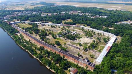 Twierdza-Modlin-Instytut-1519820269.png